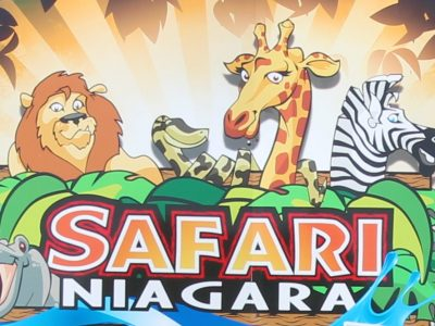 Outdoor Park Signage at Safari Niagara in Fort Erie, Ontario | Niagara